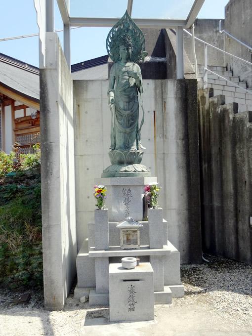 岩國白蛇神社