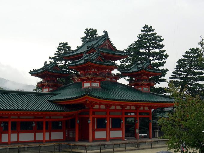 平安神宮・白虎楼(京都市左京区)
