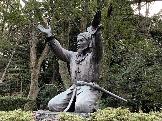 出雲大社・大国主大神の像