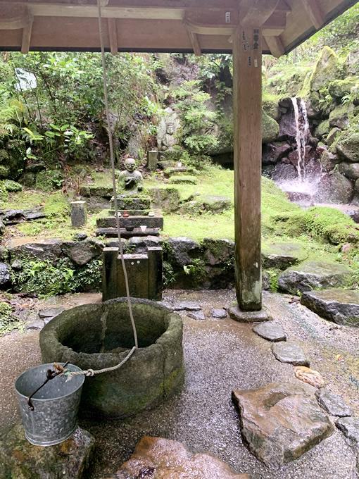 岡寺・瑠璃井