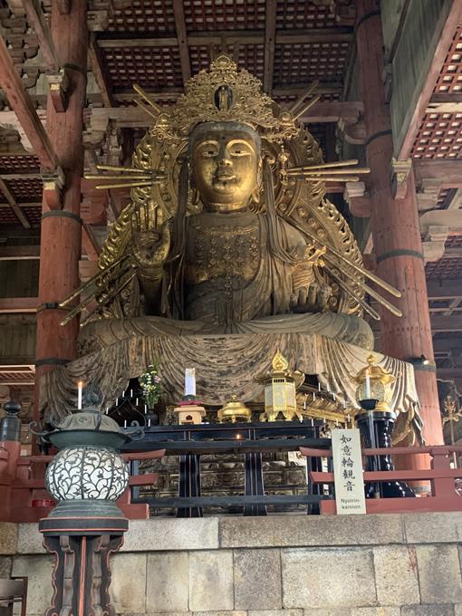 東大寺 大仏殿 如意輪観音像