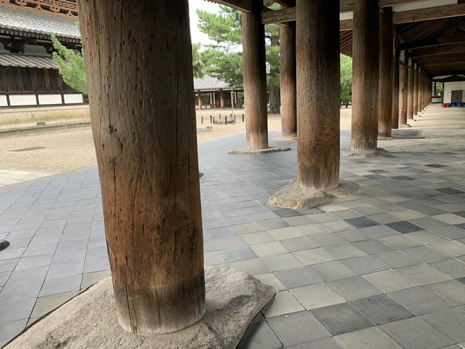 法隆寺の柱