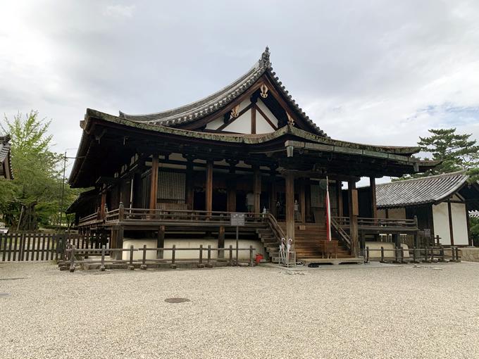 法隆寺・聖霊院